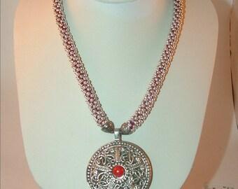 Crochet jewelry- crochet necklace- Crochet Pendant Necklace- Pendant Necklace-