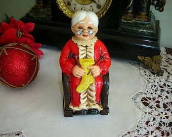 Collectible Old Rustic Vintage Rocking Mrs Santa Knitting Coin Bank Japan Scarce