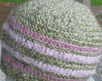 Green with PINK crochet beanie hat smooth feel nice contrasts