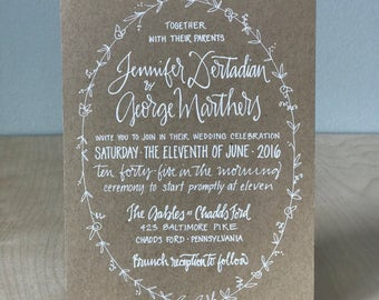 Kraft Paper and White Ink Wedding Invitation / Custom Calligraphy Invitation / Custom Wedding Invitation / Rustic Wreath Wedding Inviation