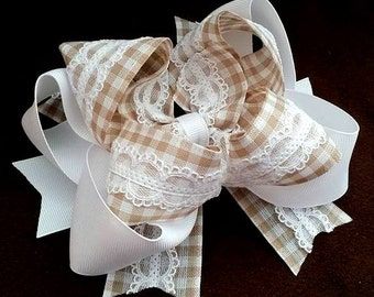 Tan and White Gingham....Tan Gingham Bow...Tan and white bow....Gingham hair bow...Gingham and lace bow...Gingham Hair Bow..Spring Hair Bow