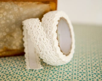Decorative White Lace Tape  15mm x 1,7m  Gift Wrapping, Scrapbooking, Card-Making