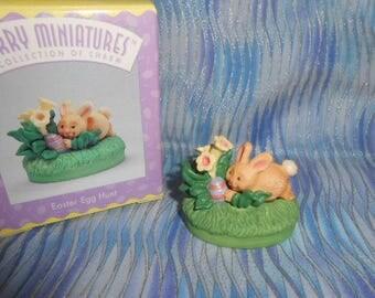 Hallmark Merry Miniatures-Easter Egg Hunt Figurine-1996