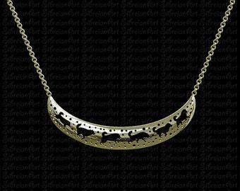 3D Alaskan Malamute crescent necklace - Gold