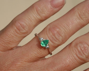 Colombian Emerald and Natural Zircon Ring Sterling Silver Pear Shape Emerald Ring Promise Ring Engagement Ring Size 7