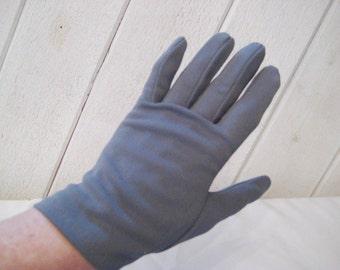 Gray short driving gloves, nylon stretch gloves, grey evening formal gloves, Lady Gay gloves, size 7,  1470