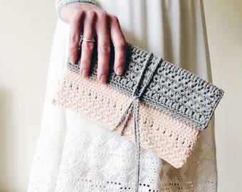 Cute Clutch: A Crochet clutch purse/ bag PDF Pattern