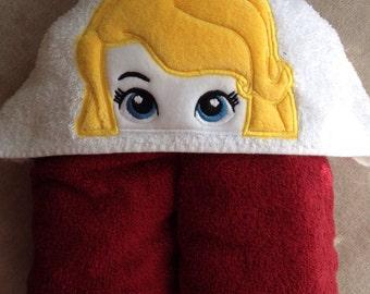 Princess hooded bath towel
