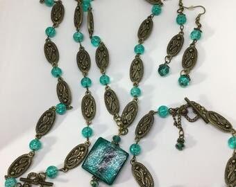 Retro /Vintage Three Piece Necklace, Earrings and Bracelet Set.