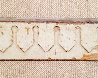 Architectural Salvage Shabby Dentil Moulding
