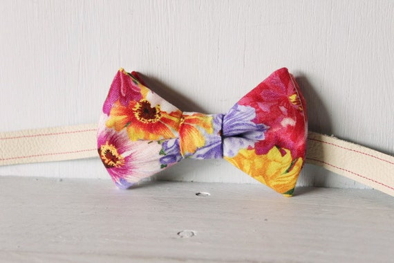 Bow tie unisex >> Summer/ Spring pink, purple, yellow floral bow, leather strap, buckle >> Brisbane