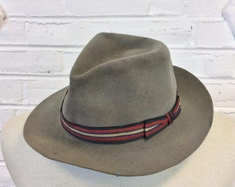Vintage 1950s 1960s Distressed Workwear Fedora Hat. Size 7 5/8