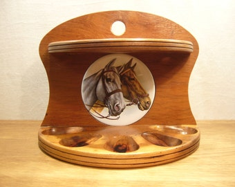 Vintage 1970s wooden pipe rack with ceramic horse decoration for five tobacco pipes