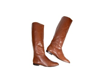 Size 8 Tall Leather Boots // Brown Leather Fall Flat Boots // G496