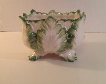Mottahedeh Porcelain Majolica Planter Italy Square Green and White Leaf Design