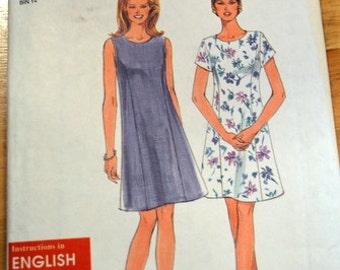 Simplicity 8024 Misses' / Miss Petite Dress pattern, cut to size 16