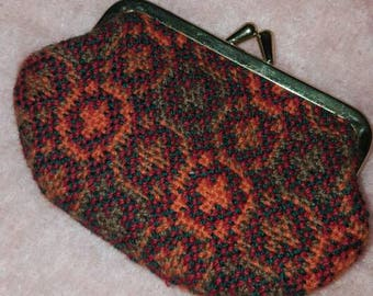 Vintage Welsh Wool Tapestry Purse in Orange and Red coin  (1119)