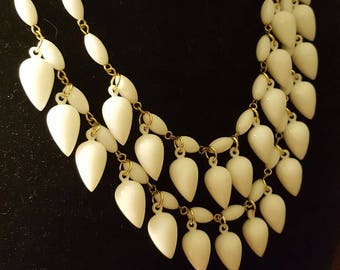 1960s White Double Strand Teardrop Necklace