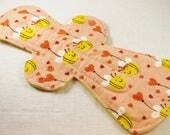 "Reusable Cloth Pad - 13"" (33cm) Overnight/Postpartum - Bee In Love Flannel"