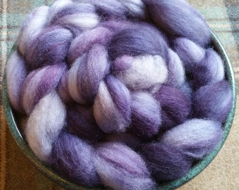 Darksky - Hand dyed Bluefaced Leicester BFL top fibre for handspinning or felting in deep navy blues and purples