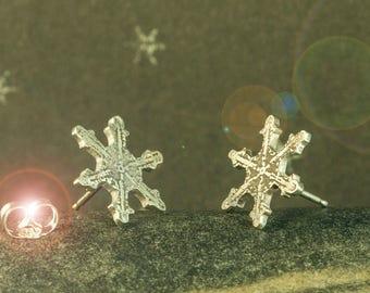 Earrings snowflakes silver    Studs Snowflakes Sterling    Winter Earrings Silver    Snowflakes Silver Jewelry    Snowflakes Sterling Jewel