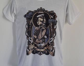 Men's Vintage Tattooed Sailor Girl T-Shirt - Nautical Navy Tattoo Pirate Woman Pin Up Alternative - UK S M L
