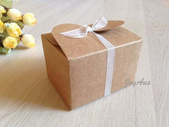 50x Natural Kraft Paper Boxes | Bomboniere Favour Box | Wedding & Party Gift Box for Chocolate Bakery Biscuit Candy 7.5x6x5