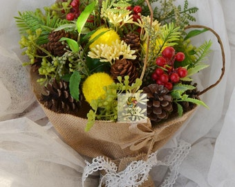 Natural pinecone artificial flower bouquet christmas style