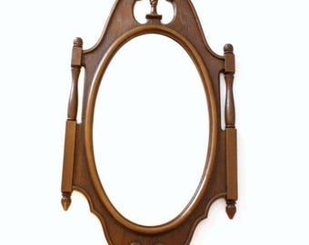 Vintage Syroco Oval Wall Mirror 1970's Federal Style Mirror Vintage Syroco Mirror
