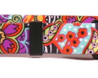 Amazon Floral Standard Collar