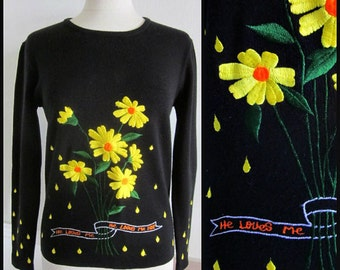 LeRoy Sweater / 70s Daisy Sweater / Vintage LeRoy Sweater / He Loves Me Loves Me Not Sweater / fits S-M / Daisy He Loves Me Sweater