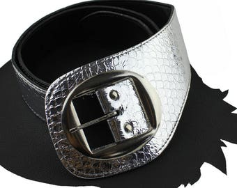 Vintage Silver Python Stamped Leather Belt size US 30 to 32