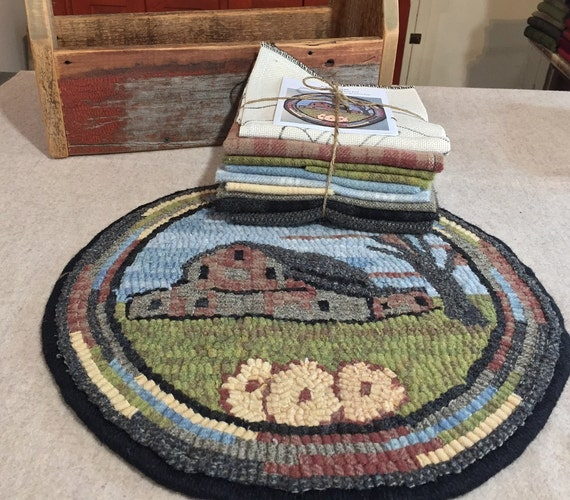 "Primtive Rug Hooking Kit for ""Old Barn #4 "" Chair Pad  14"" Round  K123"