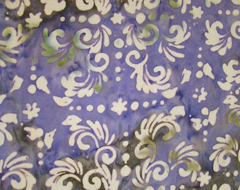 Gorgeous very big sarong in premium quality , bright lilac