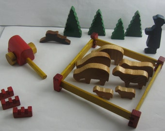 """Old wooden toys """"shepherd group"""". Small wooden figures (so-called Froebel figures). Made in Germany, probably 60s / 70s. VINTAGE"""