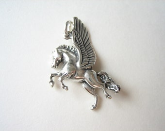 Sterling silver pagasus charm pendant, flying horse charm, winged horse pendant, necklace charm
