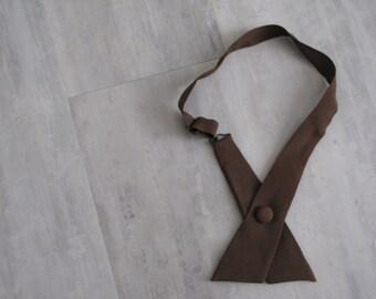 Vintage Women's Adjustable Brown Criss Cross Continental Neck Tie