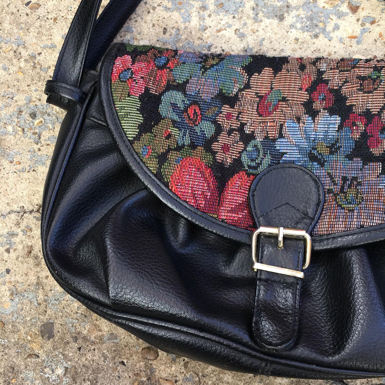 90s tapestry shoulder bag   retro black faux leather slouchy purse with  flrpal tapestry panel   boho vintage shoulder bag   floral handbag f217fc490da55