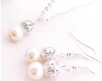 Pearl Necklace, Pearl Jewelry, Bridesmaid Necklace, Ivory Pearl Jewelry, Ivory Pearl Necklace, Ivory Necklace, Weddings