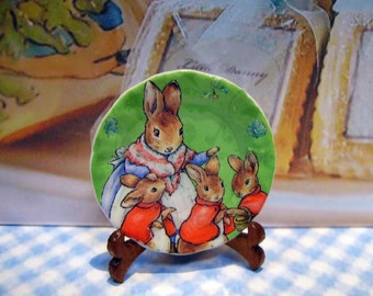 Mrs Rabbitt Miniature Plate for Dollhouses 1:12 scale