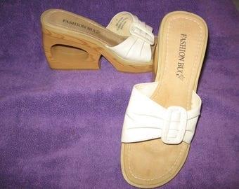 "Fashion Bug Wood Platform White Slides, ""Kickstand"" --Sizes 8 and 8 1/2 Available  - CRANEMOON10OFF"