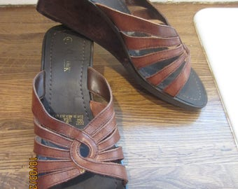 Women's Nature Trek Wood/Leather Wedge Sandals 8M Made in Brazil