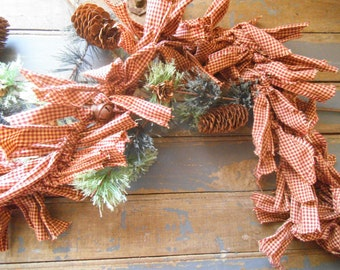 Christmas Garland, Rag Garland,  Rusty Bell,  Rustic Garland, Christmas Garland, Primitive Garland,  Burgundy Garland,  Photo Prop