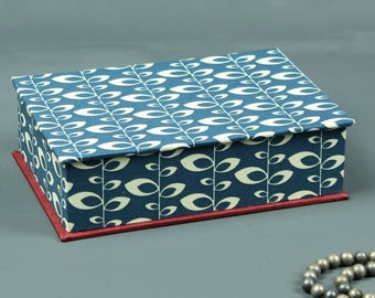 Box jewelry blue and white blue white red blue white box, jewelry box, box, desk box, blue jewelry box