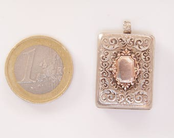 Large Victorian 900 silver etched locket / Victorian locket / locket / etched locket / 900 silver / large locket / 900 silver locket