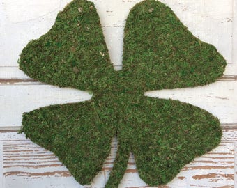 CLEARANCE PRICED!  Moss covered St. Patricks Day Door Hanger