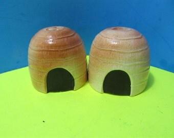 Vintage Ceramic  African Huts Salt and Pepper Shakers Set Japan