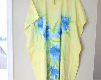 vintage yellow & blue batik iris  tunic caftan dress *