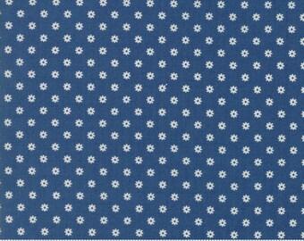Hop Skip and a Jump - Ditsy Daisy Dark Blue by American Jane for Moda, 1/2 yard, 21706 23