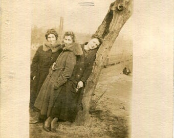 Vintage Photo..Lazy Leaners, 1919's Original Found Photo, Vernacular Photography, Paper Snapshot